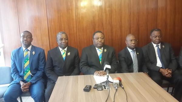 Neuf députés démissionnent de l'Assemblée nationale (officiel)