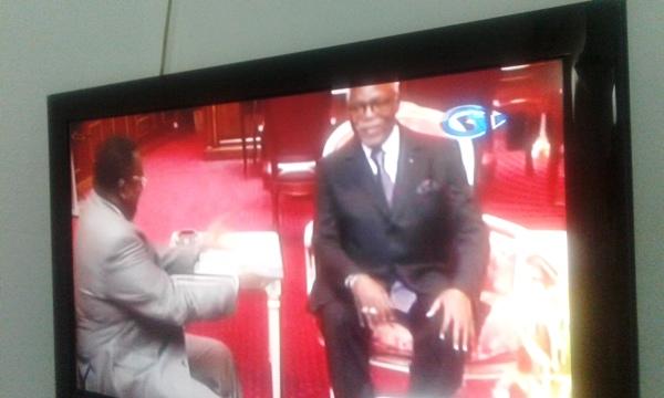 Nzouba Ndama a passé le témoin à Onouviet à l'Assemblée nationale