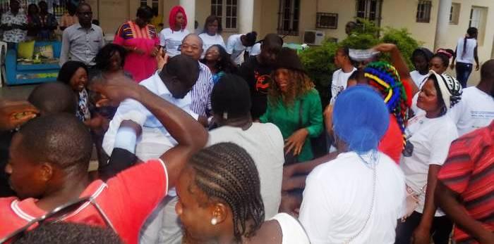Le candidat s'est offert un bain de foule à Tchabanga @ DR