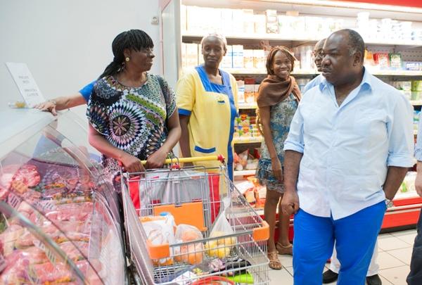 Ali Bongo en fin de mandat veut relancer le combat contre la vie chère