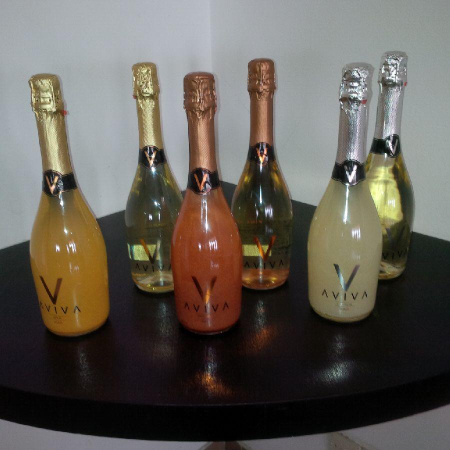 Présentation symbolique de la boisson Aviva @ F.C. M