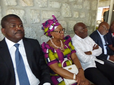Les barons de l'Union nationale durant la conférence de leur champion @ Gabonactu.com