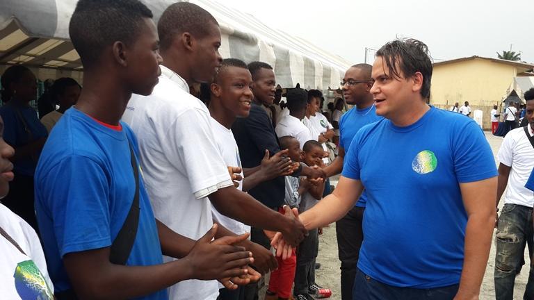 La caravane d'AJEV au chevet des populations du quartier La Sorbonne de Libreville