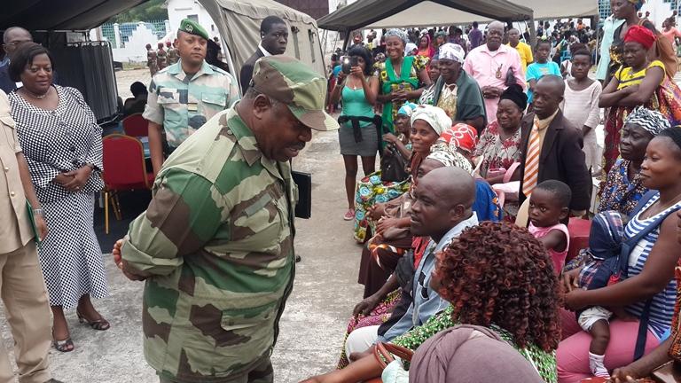 Ali Bongo lance les manœuvres médico-militaires à Koulamoutou sous le signe  de l'Égalité des chances
