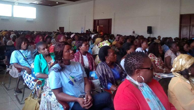 Le Mouvement féministe « Les Mille et Une » conscientise les femmes de l'intérieur du pays