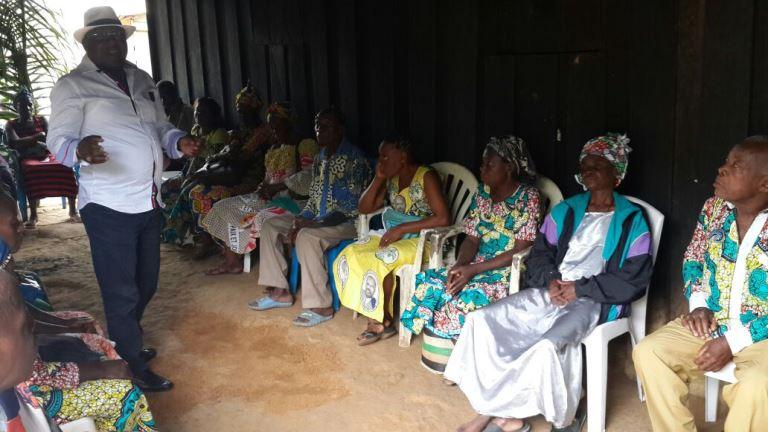 M. Bourobou Boussamba a aussi attiré l'attention des populations de Diyeki et de l'ensemble des bourgades situées sur l'axe menant à la Remboué @ Gabonactu.com