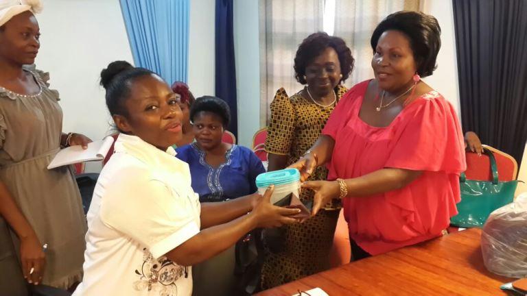 Quelques présents ont été distribués aux membres de la plateforme associative @ Gabonactu.com