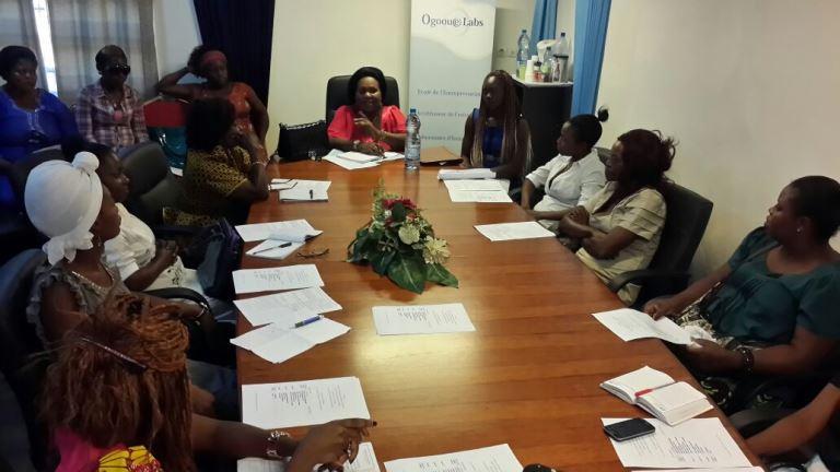 Pepecy Ogouliguendé édifiant ses sœurs sur les droits de la femme @ Gabonactu.com