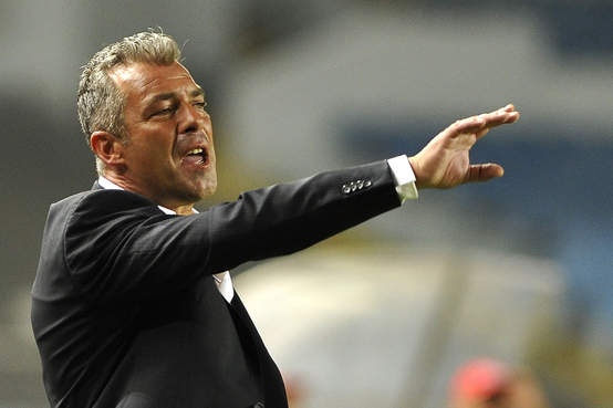 Jorge Costa limogé, la FEGAFOOT recrute un nouvel entraineur