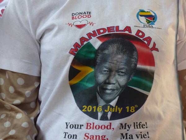 56 orphelins célèbrent le Mandela day à Libreville