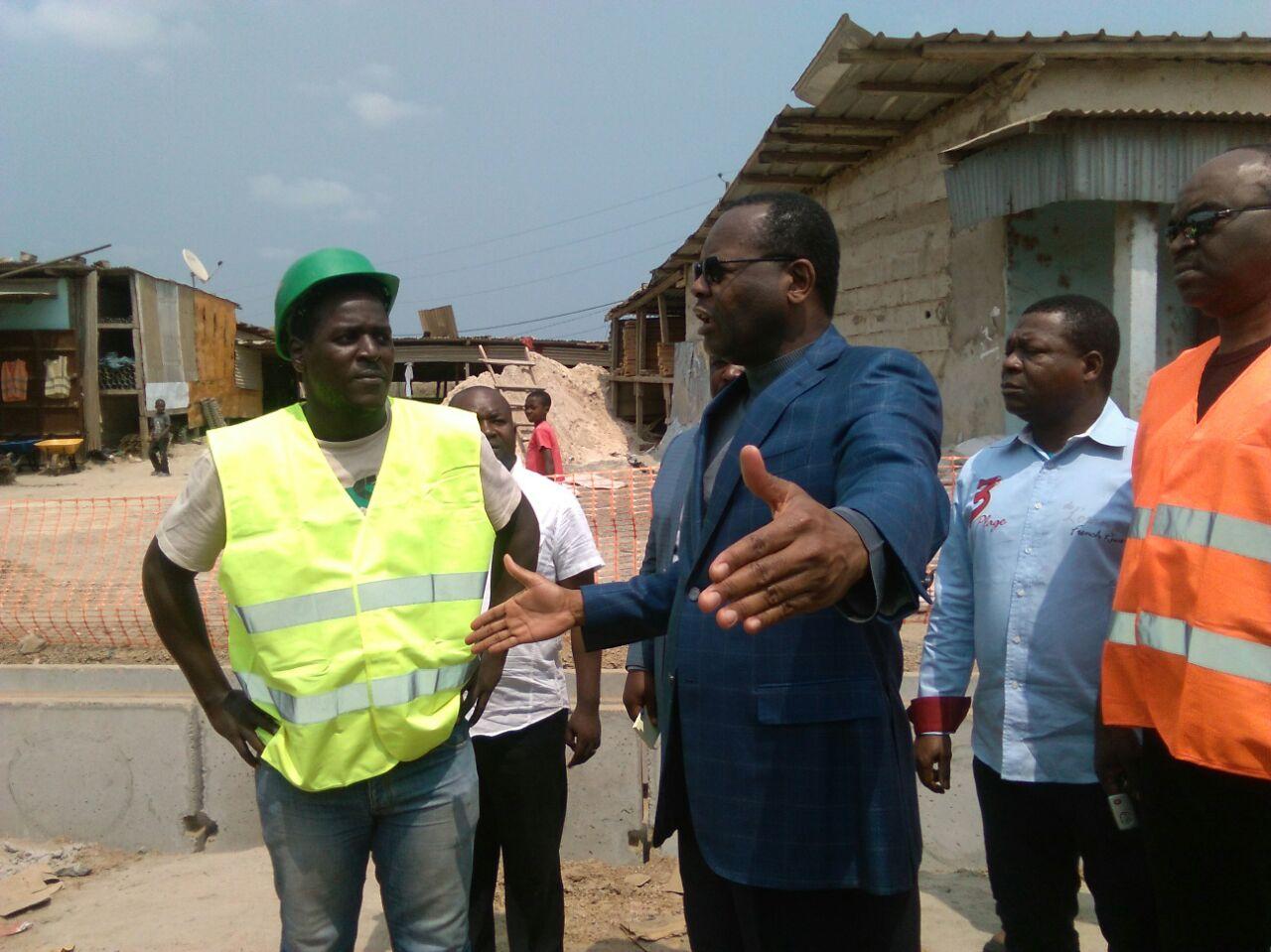 Infrastructures routières : les entreprises adjudicataires sommées par Jean Pierre Oyiba de respecter leurs engagements