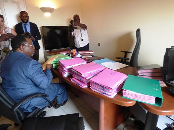 Présidentielle 2016 : plus de 2 500 plaintes contre la candidature d'Ali Bongo Ondimba