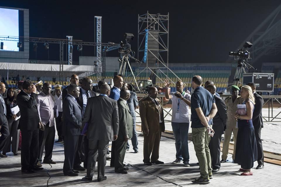 Ali Bongo lance sa campagne par un meeting monstre au stade d'Angondjè