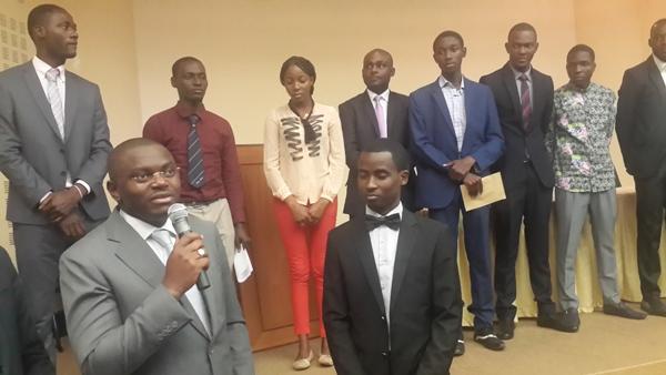 Concours du meilleur discours: Le sacre de Parfait Ebango