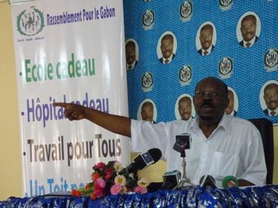 Paul Mba Abessole durant sa conférence de presse à son siège @ Gabonactu.com