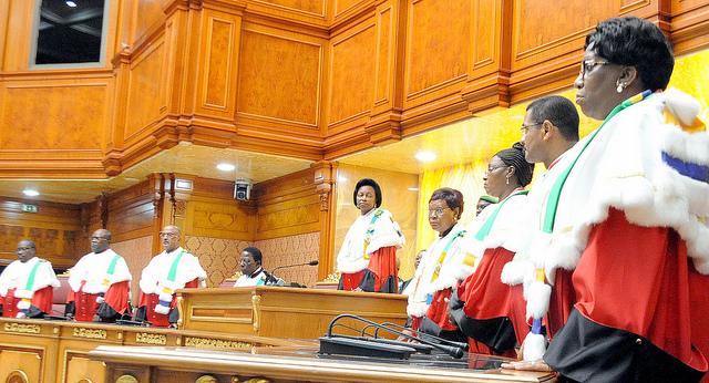 Contentieux post-électoral : la Cour constitutionnelle a organisé son audience publique en direct à la TV (compte rendu)