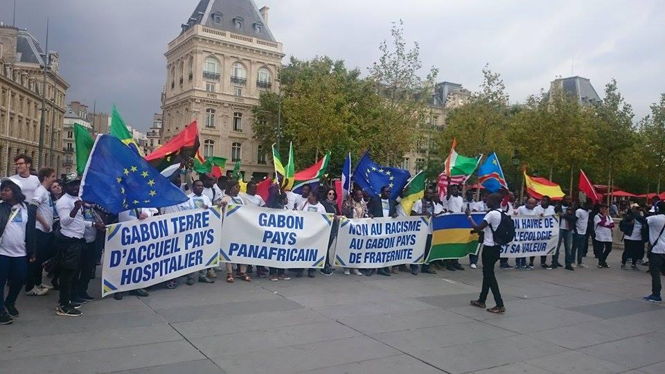 France : la communauté africaine veut la paix au Gabon
