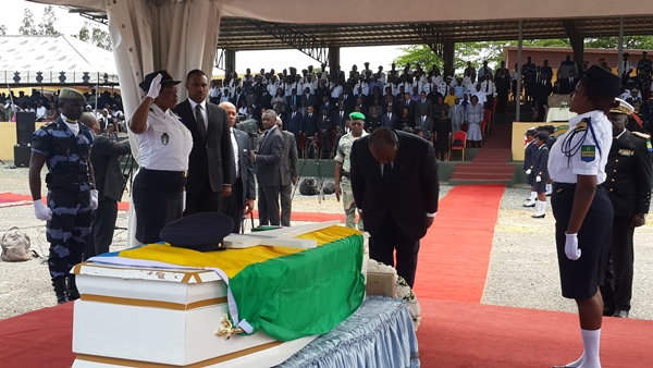 Emeutes post-électorales : Ali Bongo rend hommage à un  policier «mort au combat»