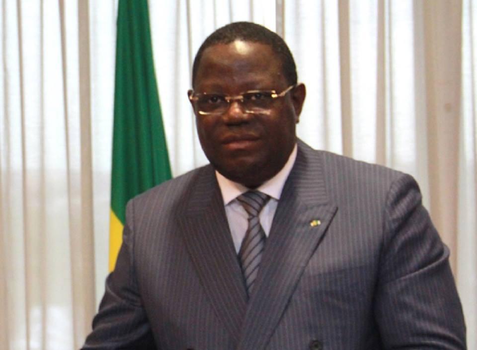 Gabon : Emmanuel Issoze Ngondet forme un gouvernement semi-ouvert