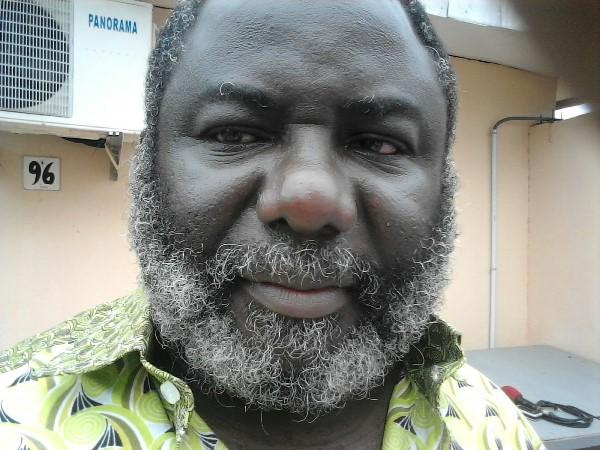 L'universitaire plus que jamais déterminé à défendre les intérêts des salariés @ Gabonactu.com