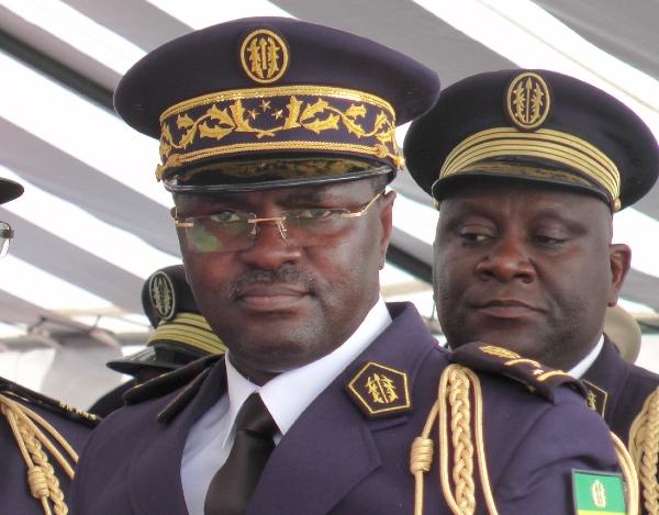 Le général Embinga a démissionné du CEDOC