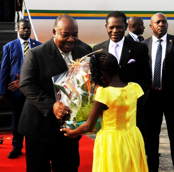 Ali Bongo ouvre le robinet des voyages à l'étranger