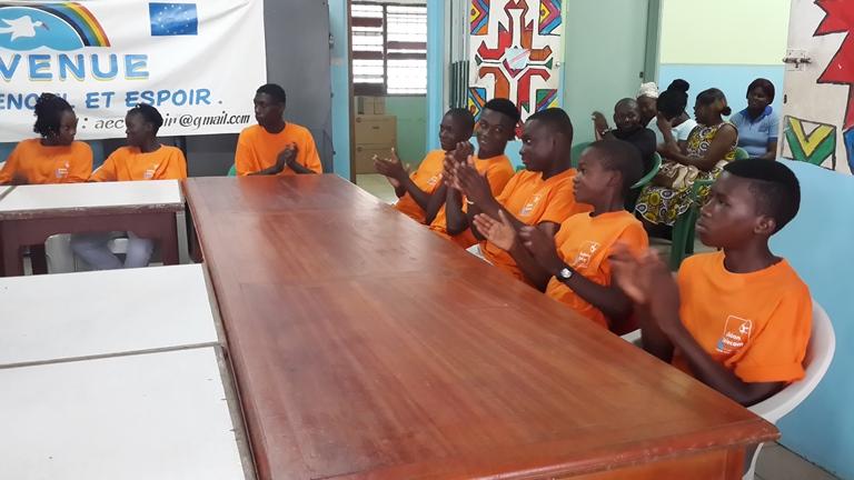 les pensionnaires ont remercié leur bienfaiteur@ Gabonactu.com