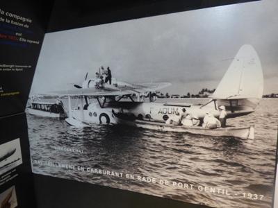 Vue du 1er avion français arrivé au Gabon