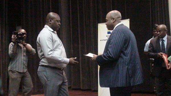 Le Ministre Houani Ambouroue durant le séminaire @ Gabonactu.com