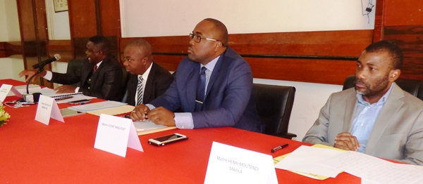 Une vue du collectif des avocats de Bertrand Zibi le 30 décembre 2016 à la chambre de commerce de Libreville @ Gabonactu.com