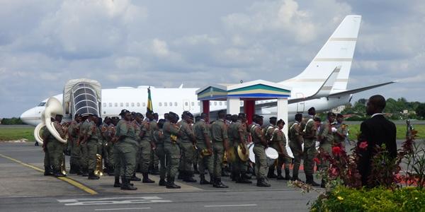 Ali Bongo en Chine pour demander aux chinois de multiplier leurs affaires au Gabon