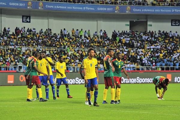 CAN 2017 : malgré leur élimination précoce, Ali Bongo félicite les Panthères