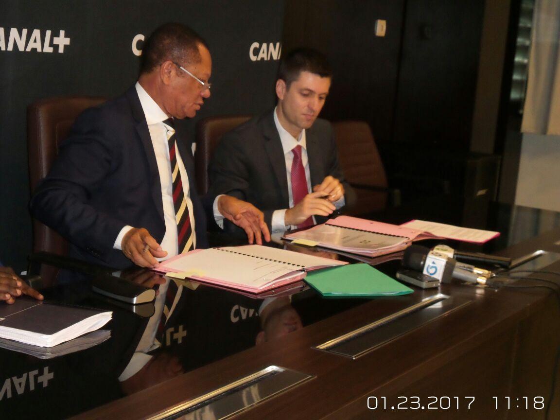 Vivendi obtient une licence de distribution d'internet haut débit au Gabon