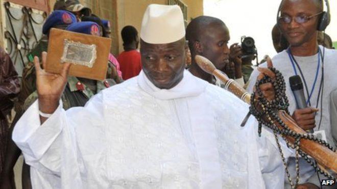 Yahya Jammeh a pris la route de l'exile