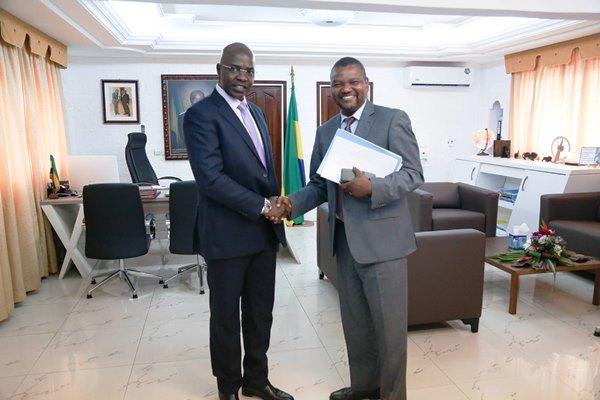 Le nouveau Représentant de la FAO découvre les défis agricoles du Gabon