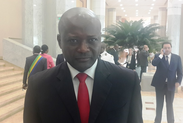 Bruno Ben Moubamba n'a pas démissionné du gouvernement (officiel)
