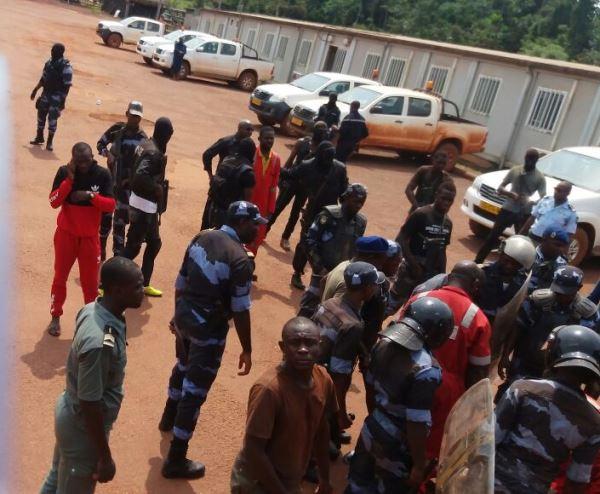 Attaqués au gaz lacrymogène, les salariés de Maurel & Prom exigent le départ de leur DG