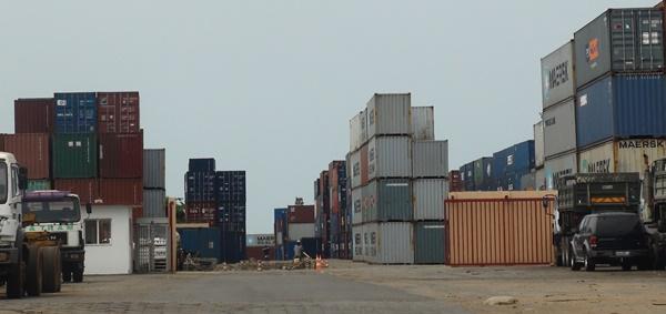 Fin de la grève des douaniers au port d'Owendo