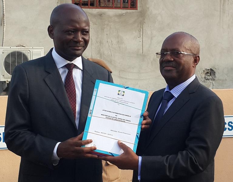 Construction des prisons  modernes : Bruno Ben Moubamba  cède 363,42 hectares de parcelles à Alexis Boutamba, ministre des droits humains