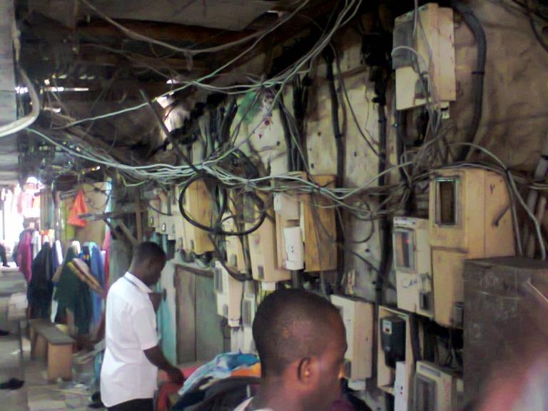 La vétusté des installations électriques provoque 35 à 45 incendies par mois au Gabon