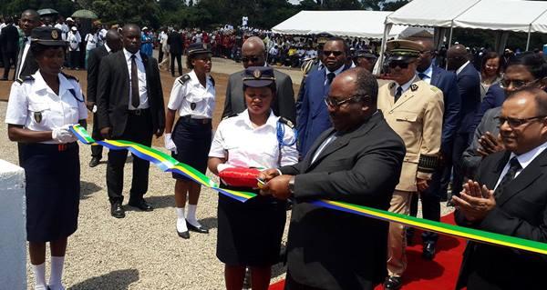 Ali Bongo inaugure une nouvelle usine de traitement et d'enrichissement de manganèse à Franceville