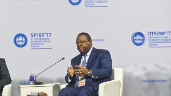A Saint Pétersbourg, Issozé Ngondet recherche des investisseurs pour diversifier l'économie gabonaise