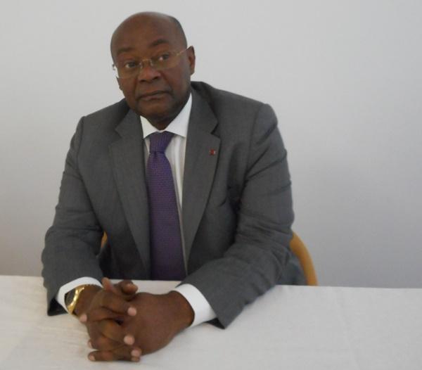 France : Moubelet Boubeya veut rappeler au pays 30% de son personnel  diplomatique
