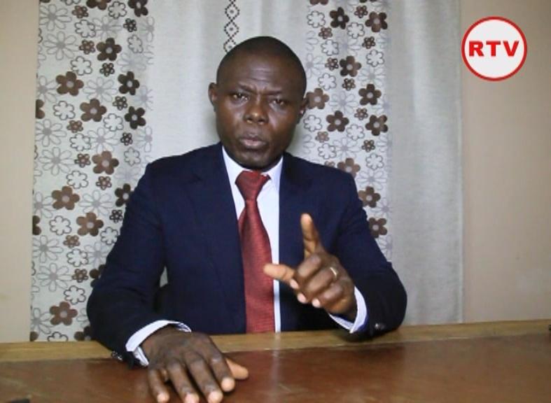 Roland Désiré Aba'a Minko arrêté pour avoir annoncé une révolution pour renverser Ali Bongo