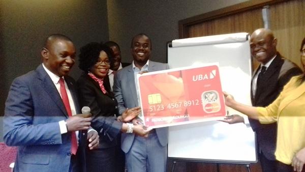 UBA lance la première carte de paiement Mastercard «made in Gabon»