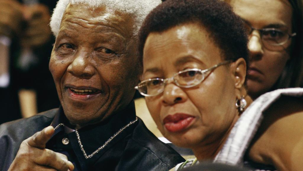 Afrique du Sud: un livre sur la fin de vie de Nelson Mandela fait des remous
