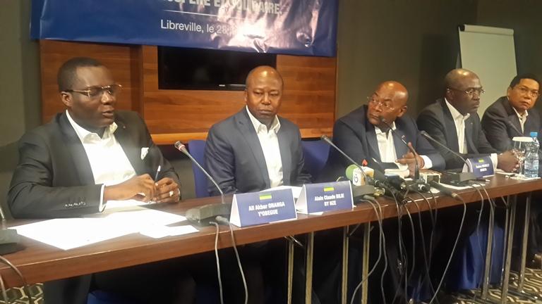 Les amis d'Ali Bongo ripostent jeudi contre la boule puante de Faustin Boukoubi