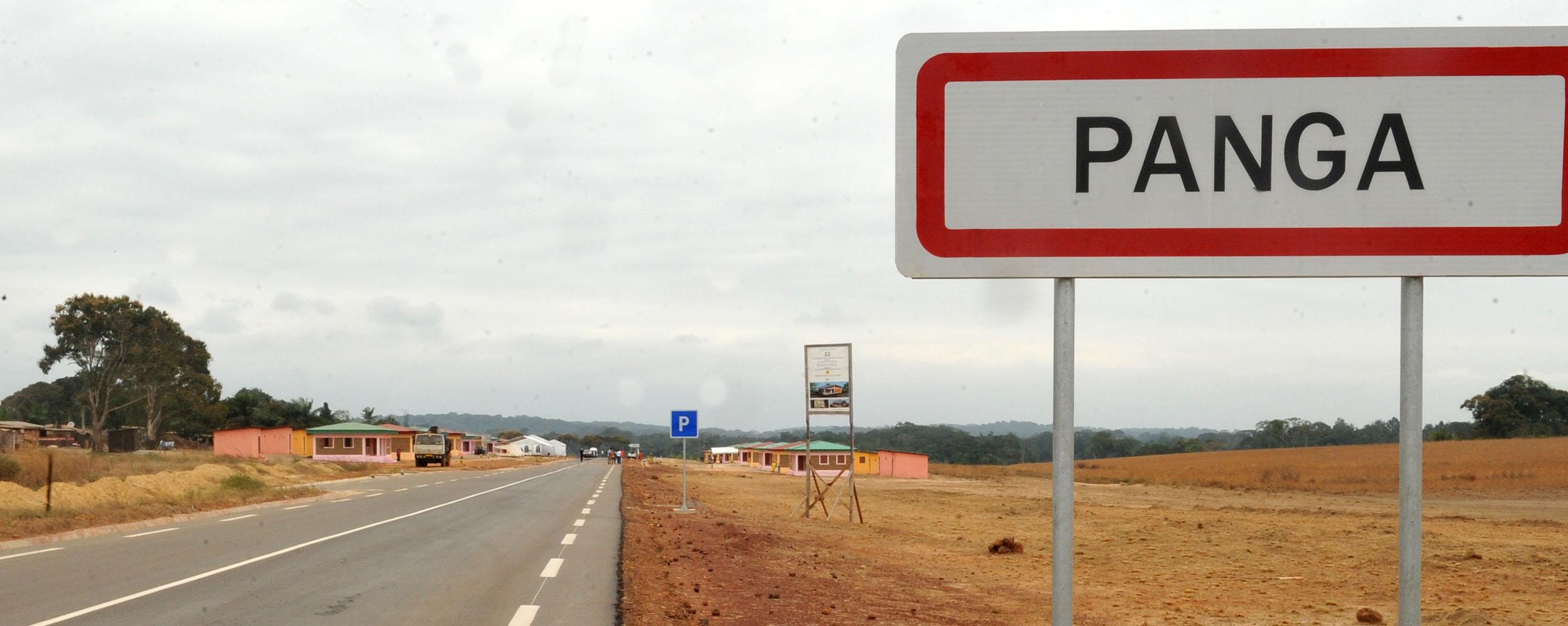 La route Loubomo-Mougagara, 53 km, inaugurée jeudi par Ali Bongo