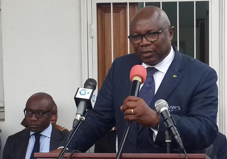 Cumule de fonctions : Maganga Moussavou  assume