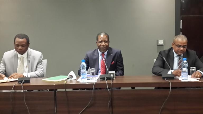 Le cancer qui tue notre pays s'appelle le chômage et le tourisme est une mine d'or (Mathias Otounga Ossibadjouo, ministre du tourisme)